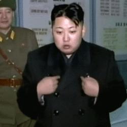 김정은 북한 손동작 흥분 돼지 뚱뚱한 배나온